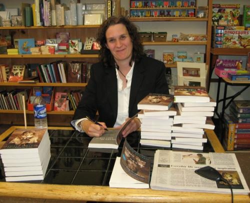 Jennifer McMahon visiting Village Square Booksellers